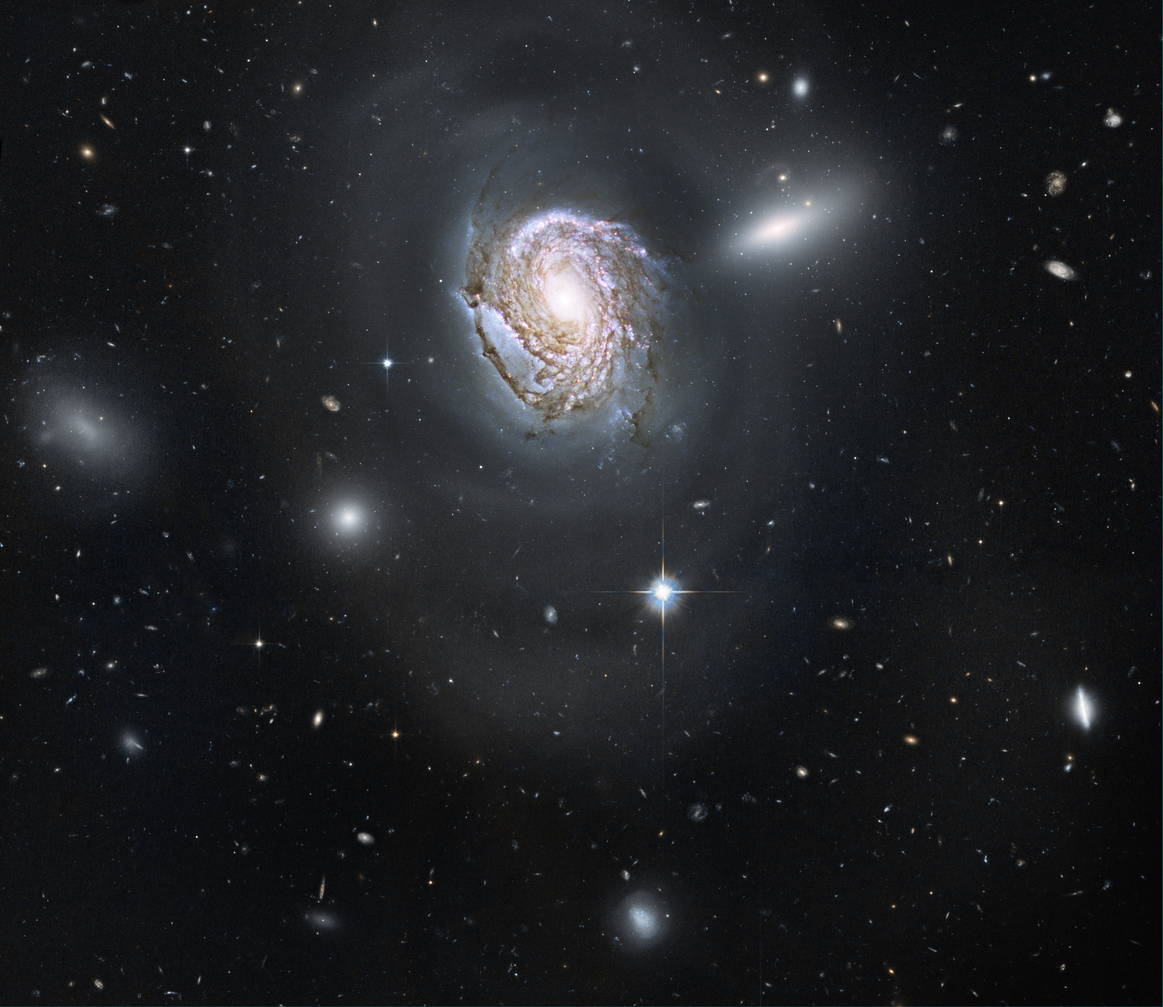 Spiral galaxy NGC 4911 in the Coma Cluster | ESA/Hubble