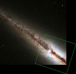 HST/WFPC2 Visible-Light Image of NGC 4013 with Outline of the NICMOS Infrared-Light Image