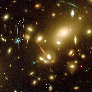 Abell 2218,  Gravitational Lens