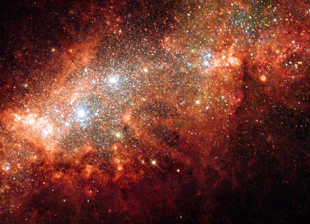 ...привлекают огромные спиральные галактики с их.