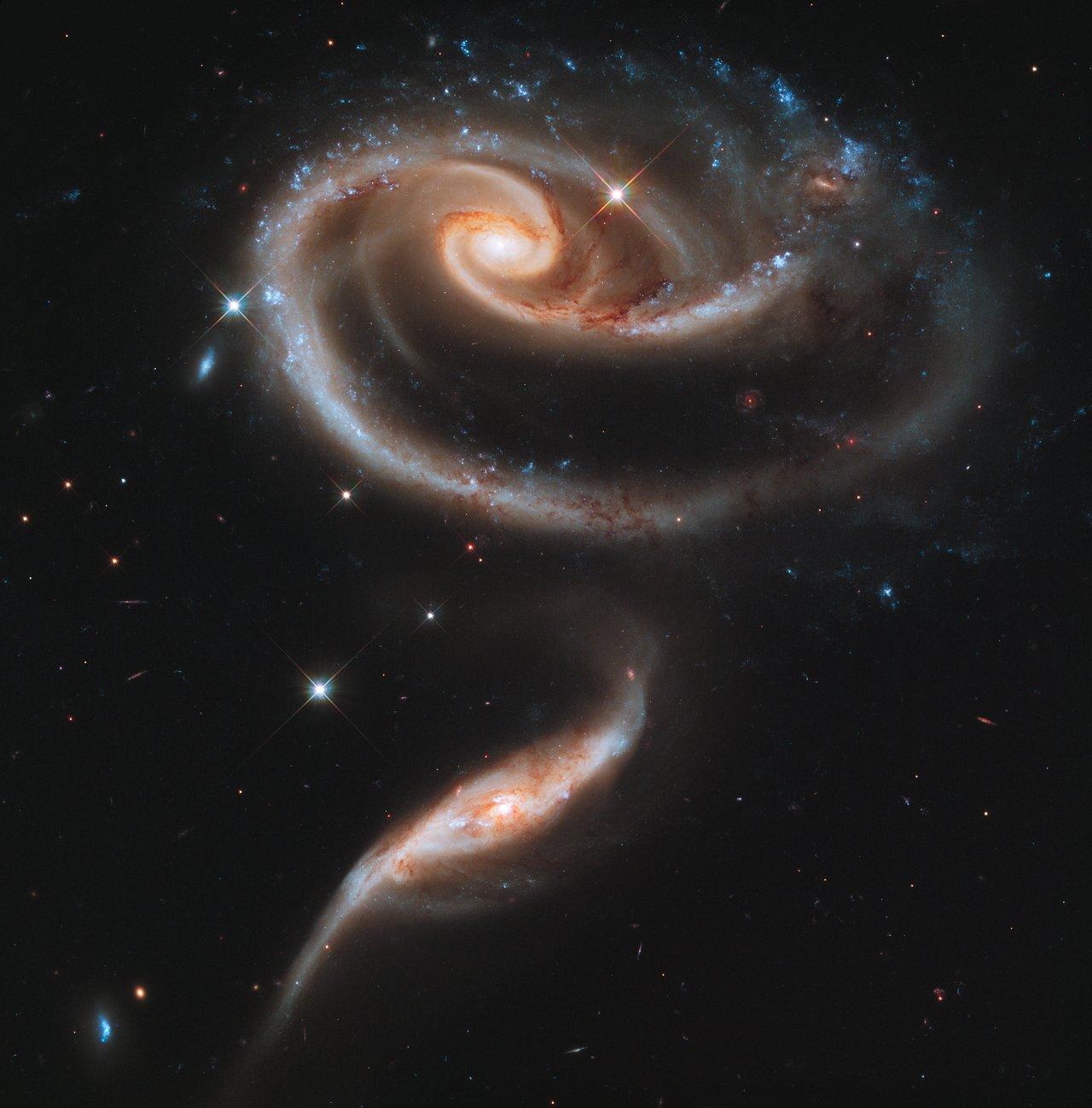 Топ 100 фотографий сделанных телескопом Хаббла