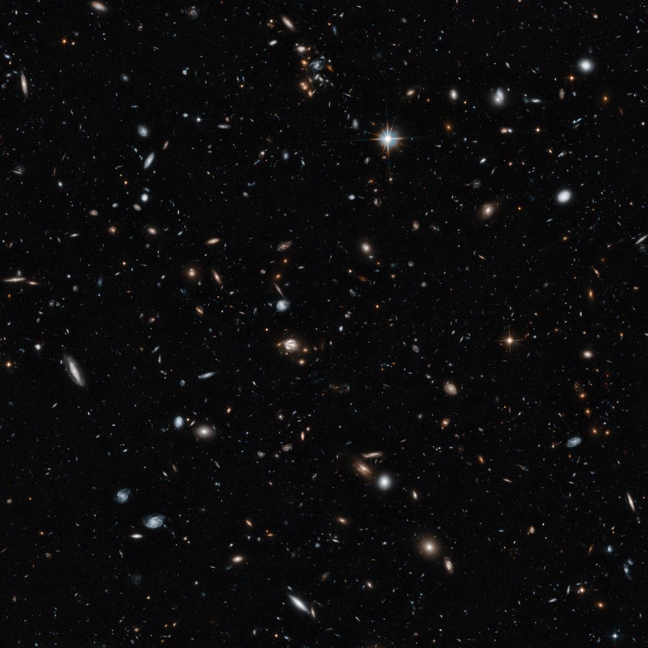 Hubble galaxies: Deep image reveals thousands of weird ...