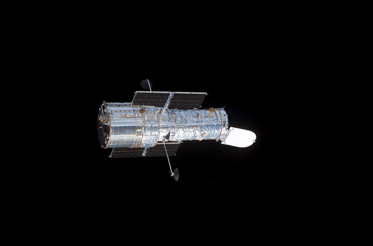 Hubble Space Telescope in space | ESA/Hubble