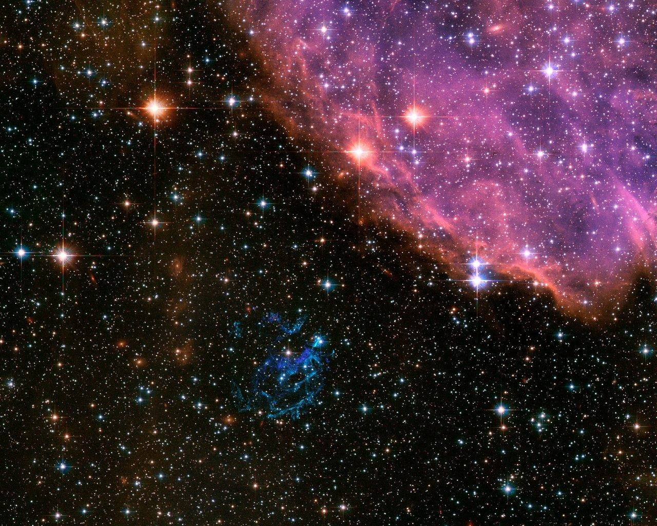 Extraterrestrial Fireworks | ESA/Hubble
