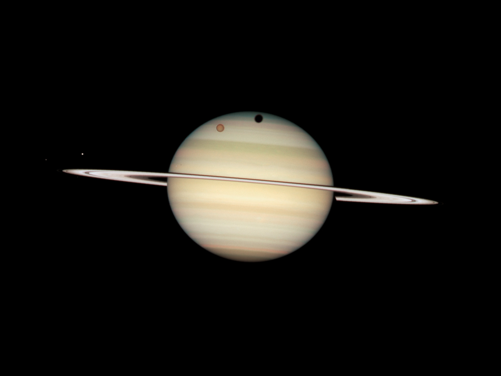 hubble images of saturn - photo #35